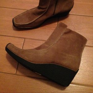 Naturalizer Leather Booties size 9 1/2